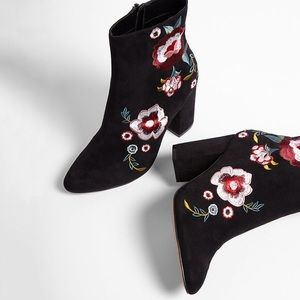 Express Shoes - Express Floral Embroidered Booties NWT